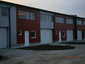 Áronház - ablak és ajtó referenciák - raktárépületek